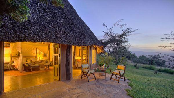 kifaru-house-lewa-double-cottage-exterior-209BA6B89-6FD4-2174-B640-04D6454830A5.jpg