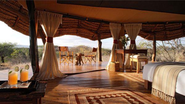 lewa-safari-camp-tent-interior-2326DBF54-7B05-B550-4AB4-205CBCFF68E3.jpg