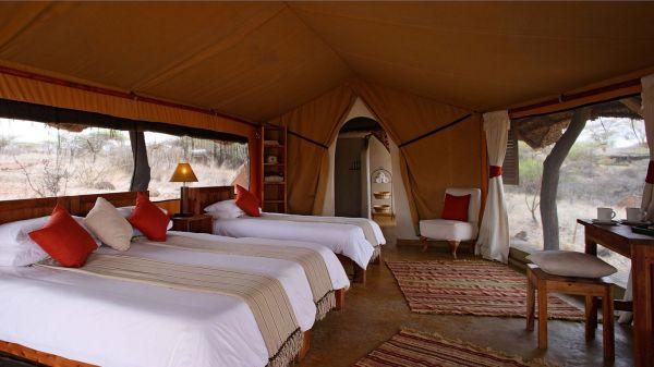 lewa-safari-camp-tripple-tent3C9E245E-2F83-74BA-89D1-EC97B64D68BC.jpg