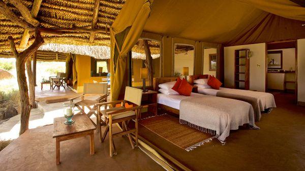 lewa-safari-camp-family-tent-3C0E4A13C-D627-5980-CA5F-B26F15767553.jpg