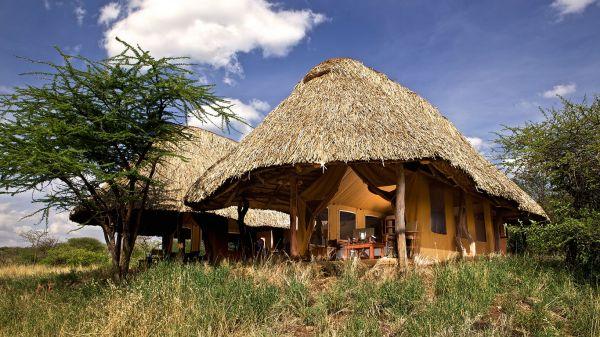 lewa-safari-camp-family-tent-exteriorF785F044-B3E3-9BF8-FA5E-32DD5C1CE52B.jpg