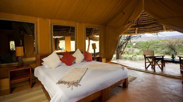 lewa-safari-camp-family-tentB05AD0E6-51D9-74A4-BF83-85CFF725B410.jpg