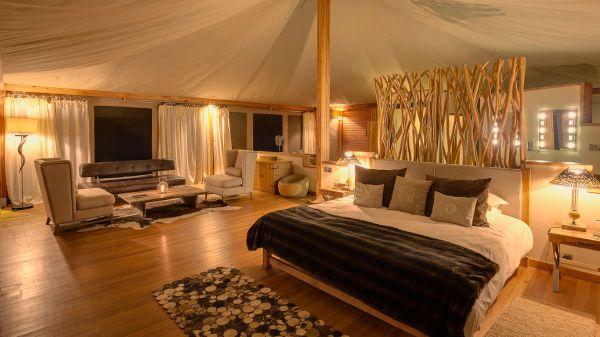 loisaba-tented-camp-spacious-tent-1AE6A2C74-F5CC-0B7E-C5B4-CF8B50693775.jpg