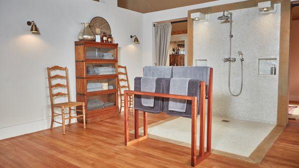 elewana-loisaba-lodo-springs-accommodation-spacious-luxury-tents-bathroomAE55D67D-5080-04AB-B420-8E638C294531.jpg