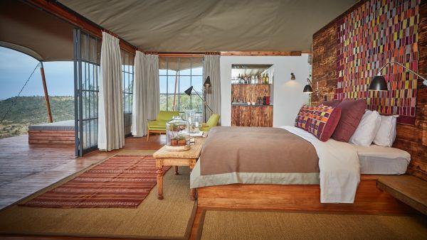 elewana-loisaba-lodo-springs-accommodation-spacious-luxury-tents-show-room9FF8C6D0-92B7-1FEA-F335-2F65C0A6358C.jpg